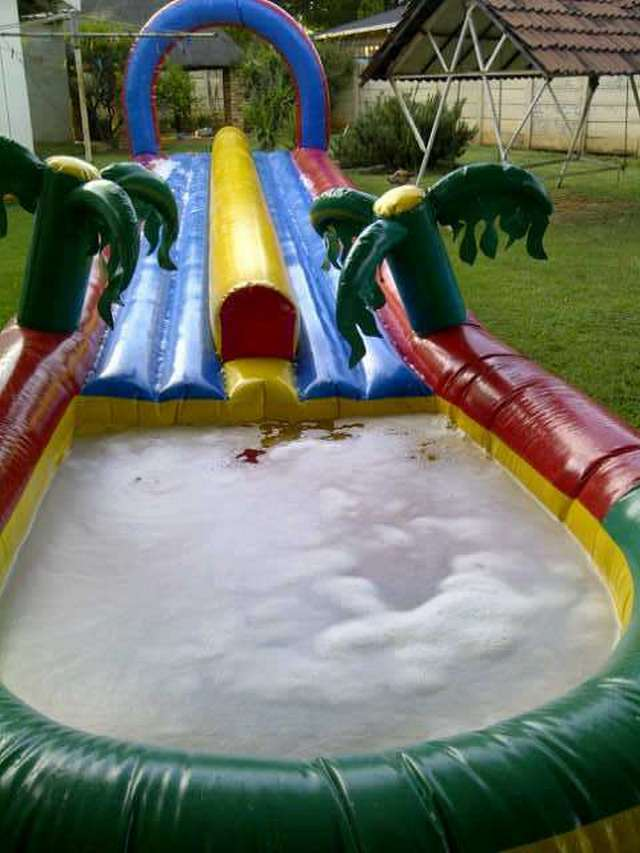 Double Slip and Slide R450 (12m x 3m)